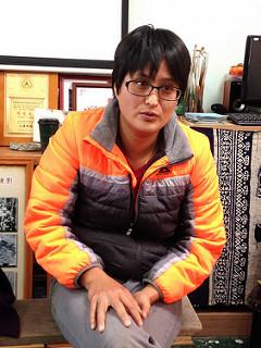 張羽廷(阿晴)是西寶墾農第三代,返鄉有機種植三年。攝影:廖靜蕙